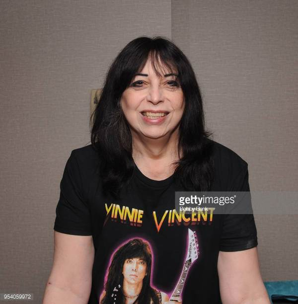 "Vinnie Vincent Sobre un Hipotetico ""Farewell Tour"" de KISS con Ex-Miembros  ""Si me preguntan, estaré allí""   Kiss Army Colombia"